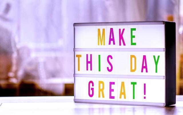 朝起きたら楽しいことを考える習慣をつけよう